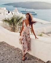 jumpsuit,floral jumpsuit,flat sandals,sunglasses,woven bag,summer outfits