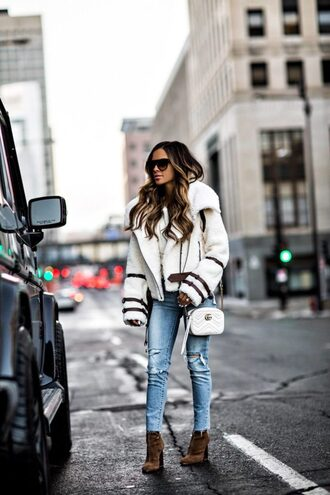 maria vizuete mia mia mine blogger jacket sweater jeans shoes bag sunglasses gucci bag winter jacket ankle boots winter outfits