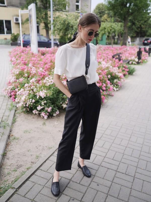 cdec719a5cfb pants black pants top white top shoes sunglasses.