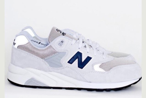 shoes new balance trainers sportswear style grunge sportswear new balance indie sneakers sad boys emotional boys sad boys 2001 streetwear streetwear urban urban white white shoes white new balance white sneakers white sneakers new balance sneakers sneakers white