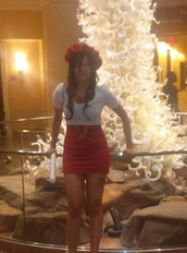 hat,red,skirt,party,shirt,flower crown