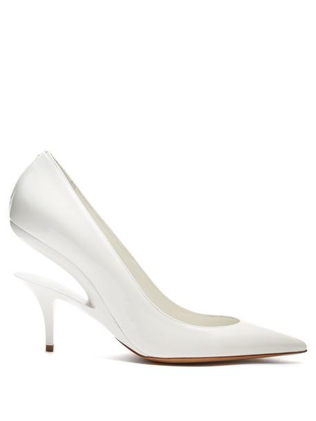 MAISON MARGIELA heel pumps leather white shoes