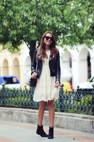 preppy fashionist blogger sunglasses white dress perfecto ankle boots