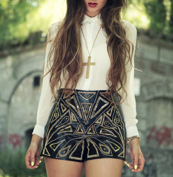 sequins necklace collar shirt shorts