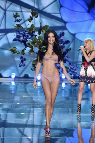 underwear bra adriana lima victoria's secret runway model