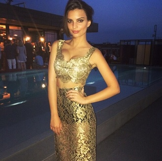dress gold top party emily ratajkowski gold top gold dress black dress black prom dress prom skirt two-piece gold sequins two piece dress set crop tops crop crochet midi skirt midi dress homecoming dress classy beautiful