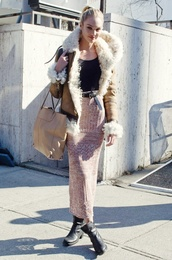 skirt,candice swanepoel,model,victoria's secret,candace,robe,silky,blonde hair,vs,wool skirt,shearling jacket