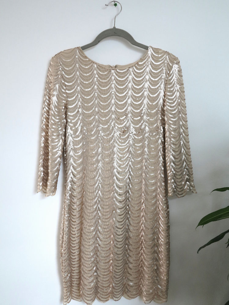 Tfnc scallop gold sequin dress with long sleeves m 10