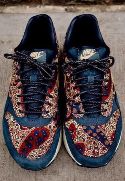 shoes nike paisley print