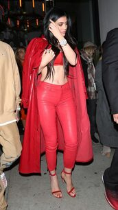 top,all red,pants,coat,crop tops,kylie jenner,kardashians,sandals