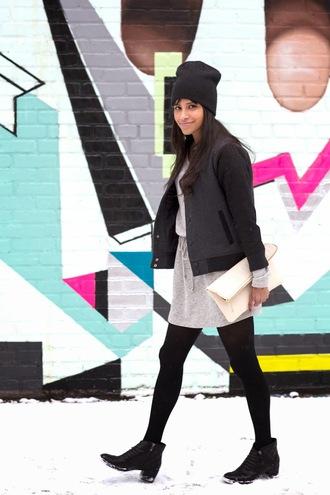 city laundry blogger grey skirt baseball jacket pouch