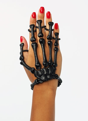 GJ | Skeleton Hand Bracelet $20.20 in BLACK GOLD -  | GoJane.com