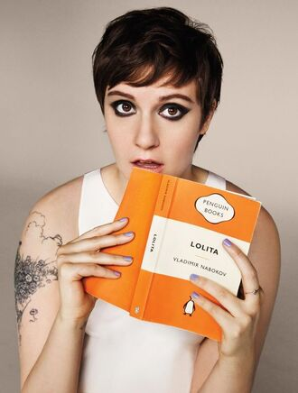 top lena dunham eye makeup short hair white top celebrity actress