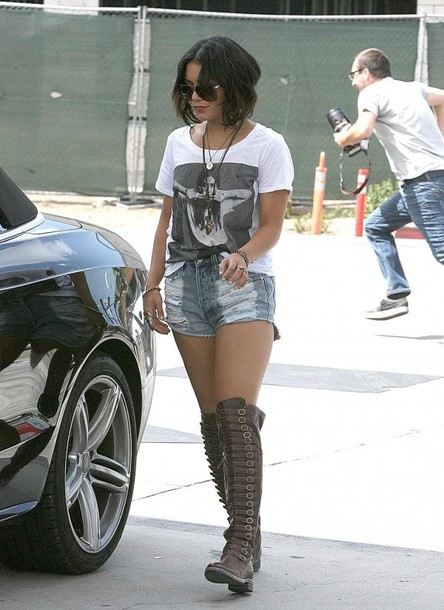 vanessa hudgens shoes t-shirt