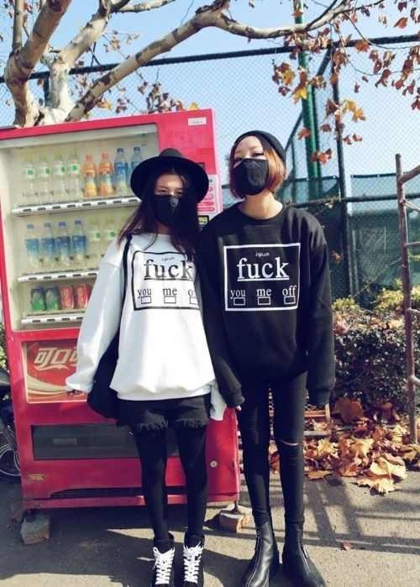 sweater jumper black white hat beanie shorts jeans skinny jeans leggings bag shoes boots