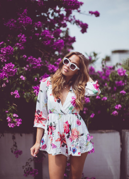 v-neck romper floral purple sunglasses necklace