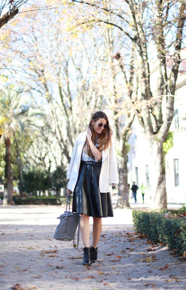 b a r t a b a c shoes t-shirt skirt jacket bag sunglasses