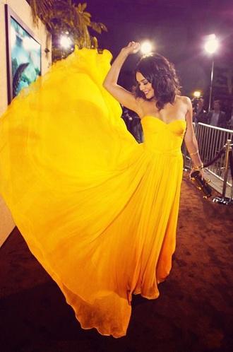 yellow dress sleveless dress