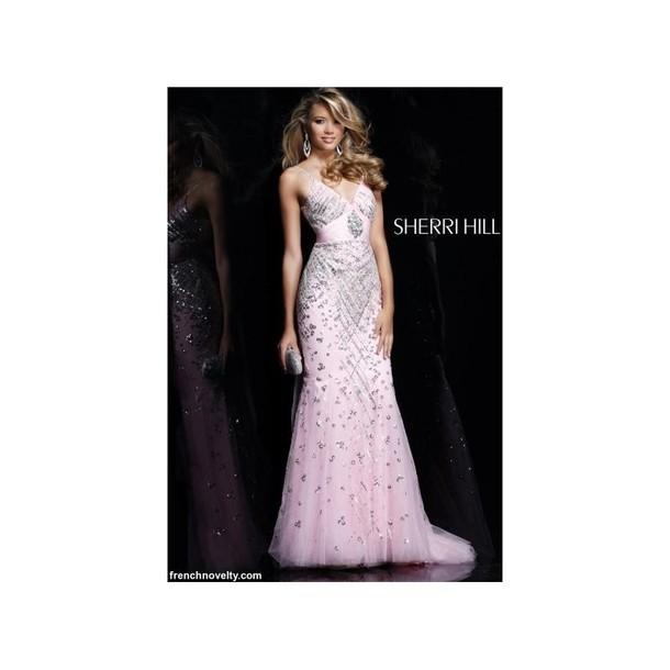 Dress, $410 at graceever com - Wheretoget