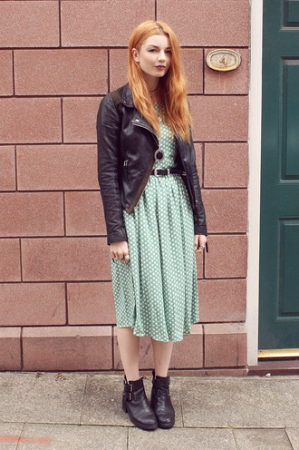 hannah louise fashion blogger jacket belt polka dots retro green dress necklace perfecto