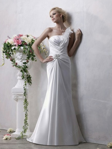 dress wedding dress ruffles ivory