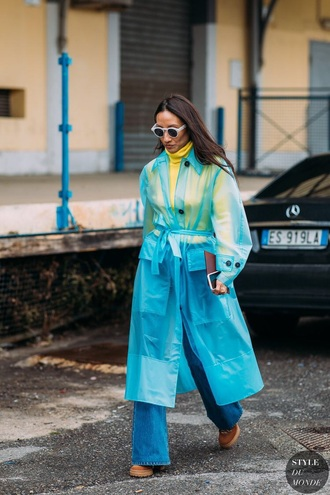 coat rain coat blue coat top yellow top yellow blue jeans denim wide-leg pants streetstyle