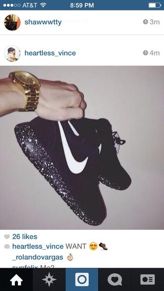 shoes black white glitter roshe nike