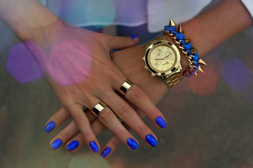 Chunky gold rings set · fashion struck · online store powered by storenvy