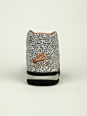 shoes,sneakers,spotty,leopard shoes,nike shoes,nike,high top sneakers