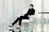 pants,kylie jenner,black,shoes,heels,high heels,jacket,black pants,black blazer,suit