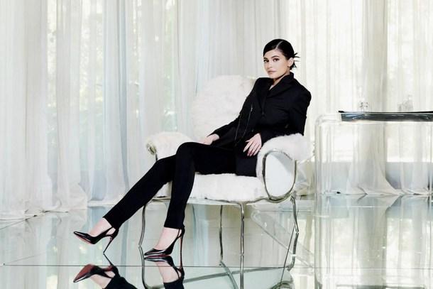 pants kylie jenner black shoes heels high heels jacket black pants black  blazer suit ff79abf5bbf5
