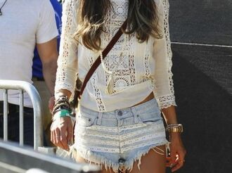 t-shirt lace top blouse white cut offs shorts crochet sweater
