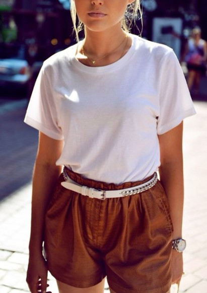 shorts High waisted shorts white top beige white t-shirt high waisted