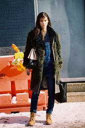vanessa jackman,blogger,winter coat,khaki,timberlands,dungarees