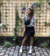 shoes,sneakers,skirt,black skirt,ruffeled skirt,top,bag