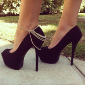 shoes,heels,black,girl,style,fashion,jewels,ankle jewelry,ankle bracelet,anklet,heel,chain,body chain,high heels,gold chain,pumps,black heels,sexy heels