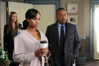 coat scandal kerry washington cream fold season 2