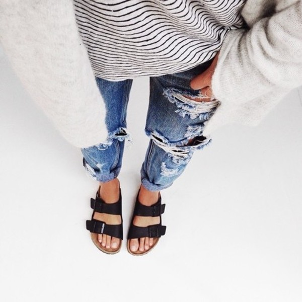 shoes sadals jeans sandals black birkenstocks top pants blue jeans boyfriend jeans ripped