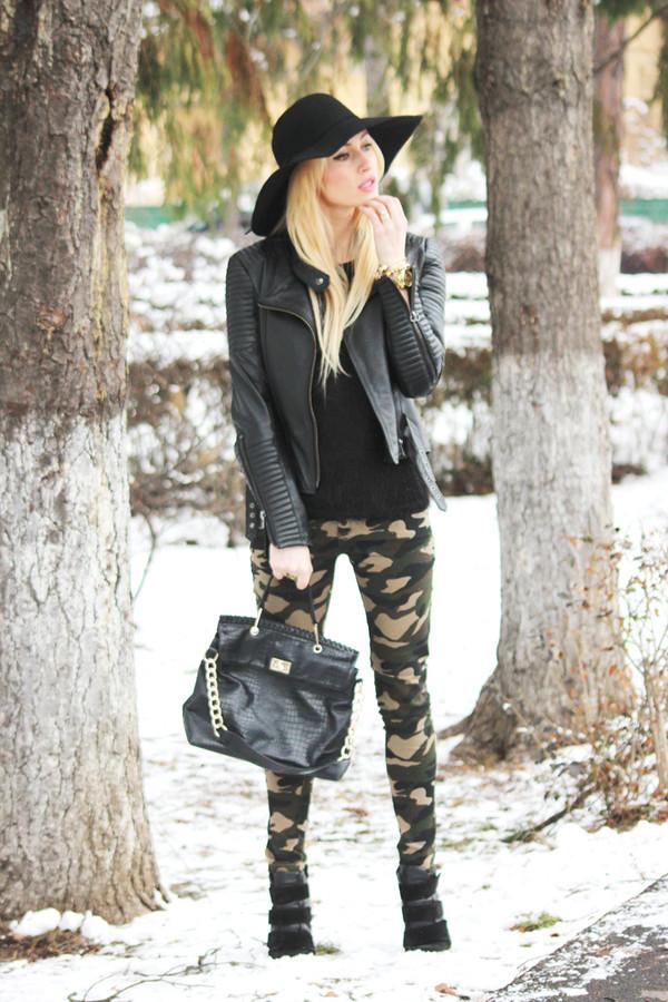 fashion spot jeans jewels blouse hat shoes jacket