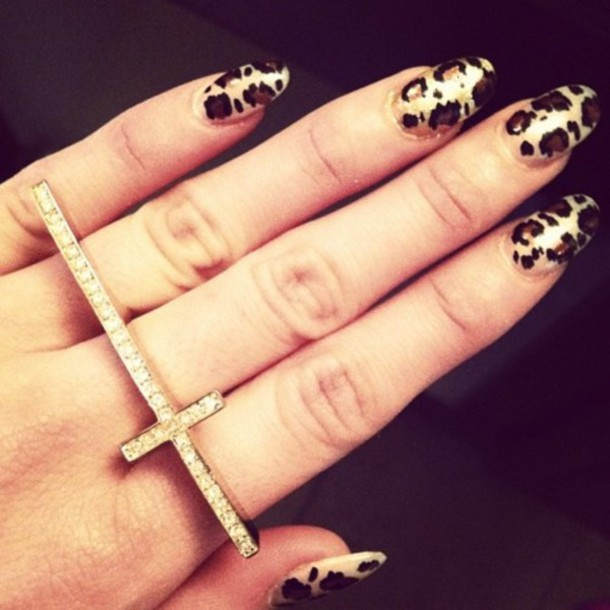 jewels ring cross gold leopard print