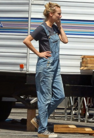 jeans diane kruger overalls madewell zebra converse casual summer outfits