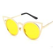 sunglasses,sunnies,shades,cat eye,yellow,yellow sunglasses,round sunglasses,aviator sunglasses,aviator glasses,clear aviators,mirrored sunglasses,retro sunglasses,kylie jenner sunglasses,dope sunglasses