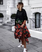 skirt,sneakers,tumblr,asymmetrical skirt,asymmetrical,sweatshirt,black sweater,white sneakers,low top sneakers,bag,shoes,top
