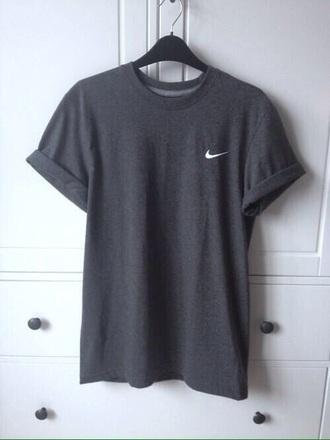 t-shirt nike grey t-shirt