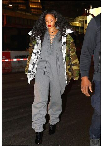 jumpsuit jacket camouflage camo jacket rihanna grey sweatshirt sweatpants streetstyle