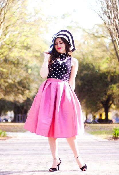 a walk in the park blogger skirt top shoes hat jewels carly maddox