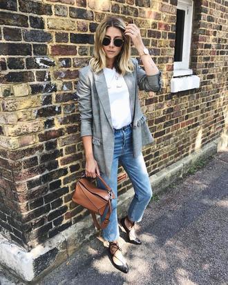 bag tumblr fall outfits blazer grey blazer denim jeans blue jeans t-shirt white t-shirt brown bag flats strappy flats