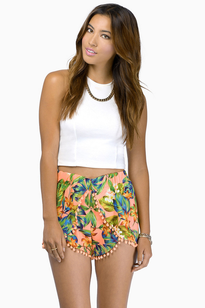 """in the tropics"" flowers pom pom shorts (2 colors available) – glamzelle"