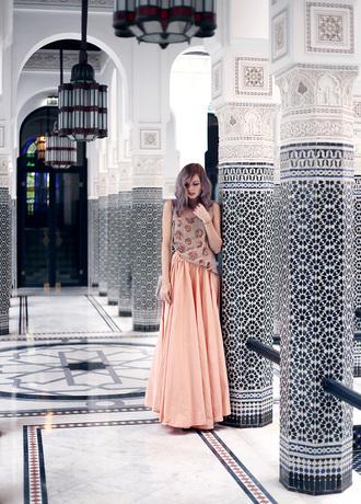 bekleidet blogger maxi skirt peach embroidery spring