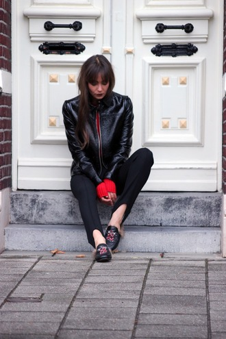 mode d'amour blogger jacket sweater pants stirrup pants black pants leather jacket black leather jacket black jacket red sweater gucci gucci shoes gucci princetown fall outfits furry shoes